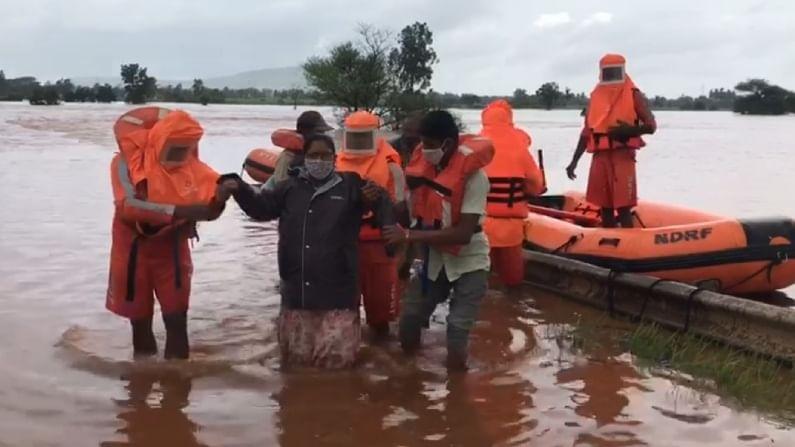 NDRF rescuing a Lady Belagavi