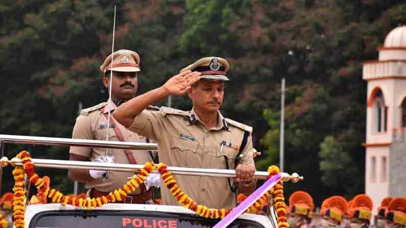 Police seva kavayat