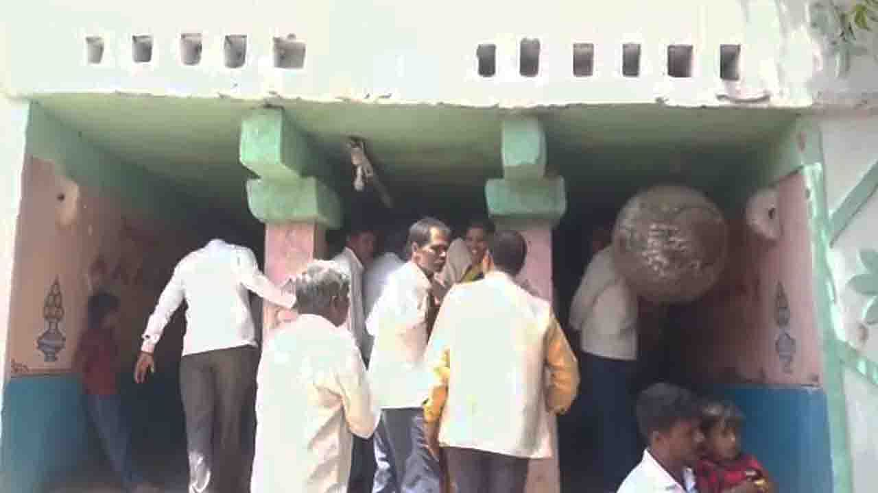 dalits enters to temple
